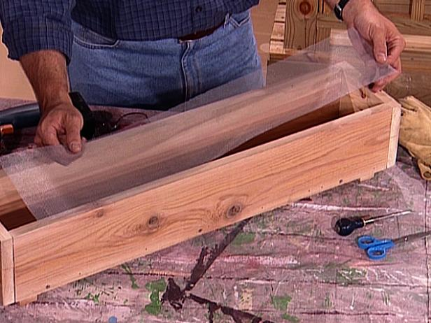 how to build a wooden planter box how tos diy. Black Bedroom Furniture Sets. Home Design Ideas