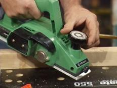 adjust depth of cut on top of planer