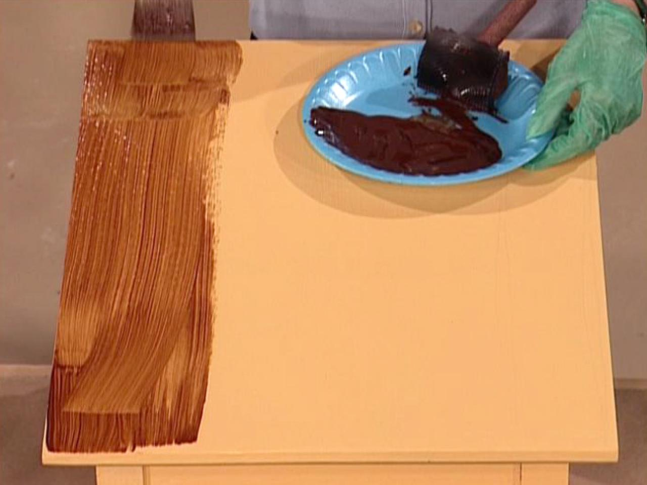 How to paint a faux wood grain how tos diy for Painting designs on wood furniture