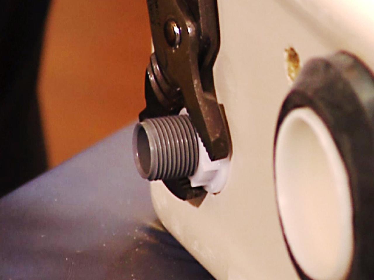 How To Rebuild A Toilet Tank How Tos Diy