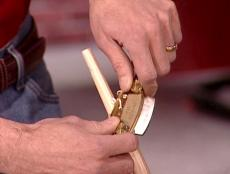 use tips to make effective cuts with spokeshave