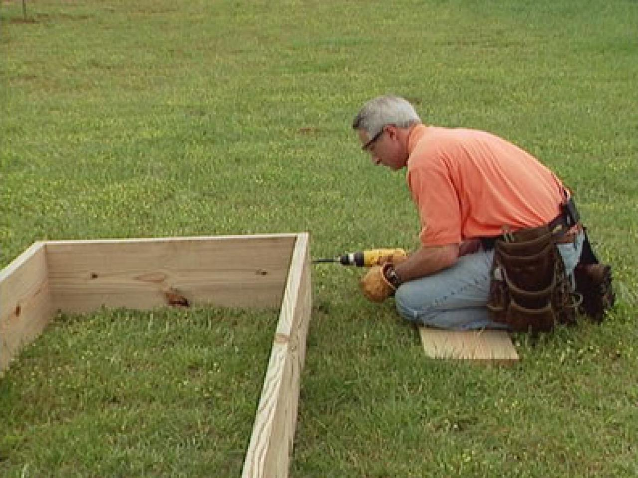 How to Build Raised Garden Beds how tos DIY