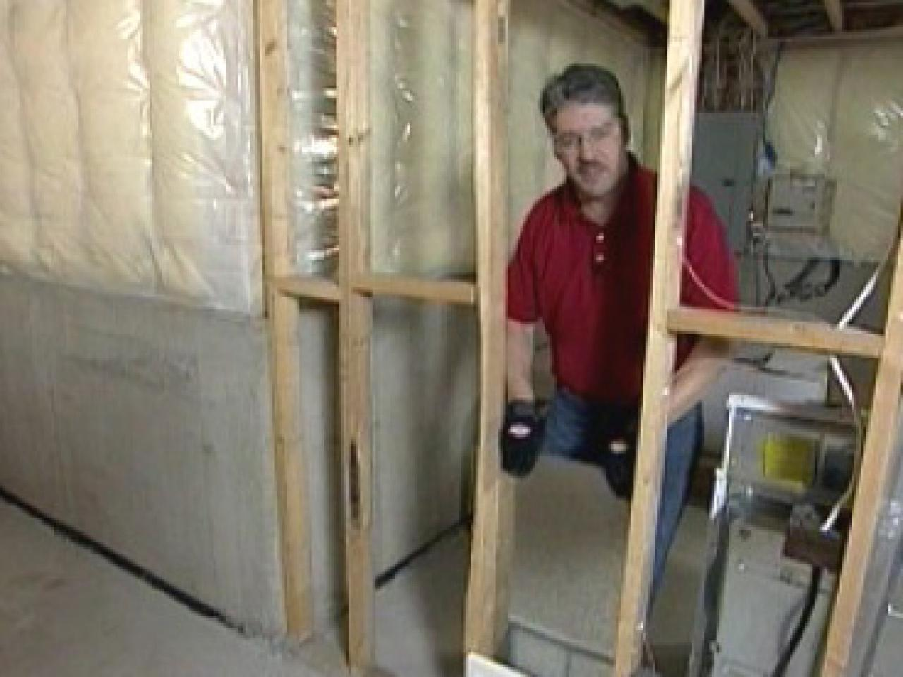 HVAC: Install an Air Supply Line and a Cold Air Return how tos DIY #837248