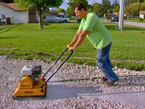 DIY: Cobblestone Driveway