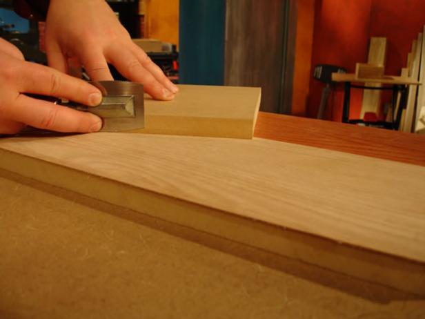 use a veneer saw for cutting across wood grain