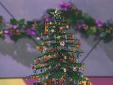 beaded holiday tree makes a unique decoration
