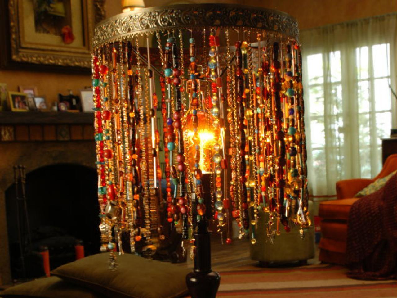 Bohemian beaded lamp diy for Diy bedroom lamp