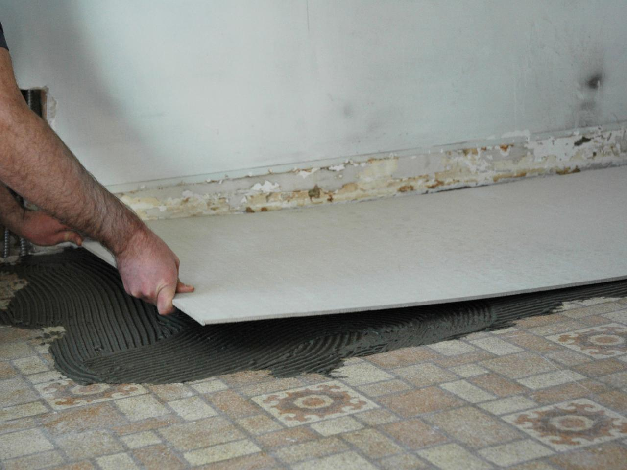 How to install a tile floor in a kitchen how tos diy step 2 dailygadgetfo Image collections