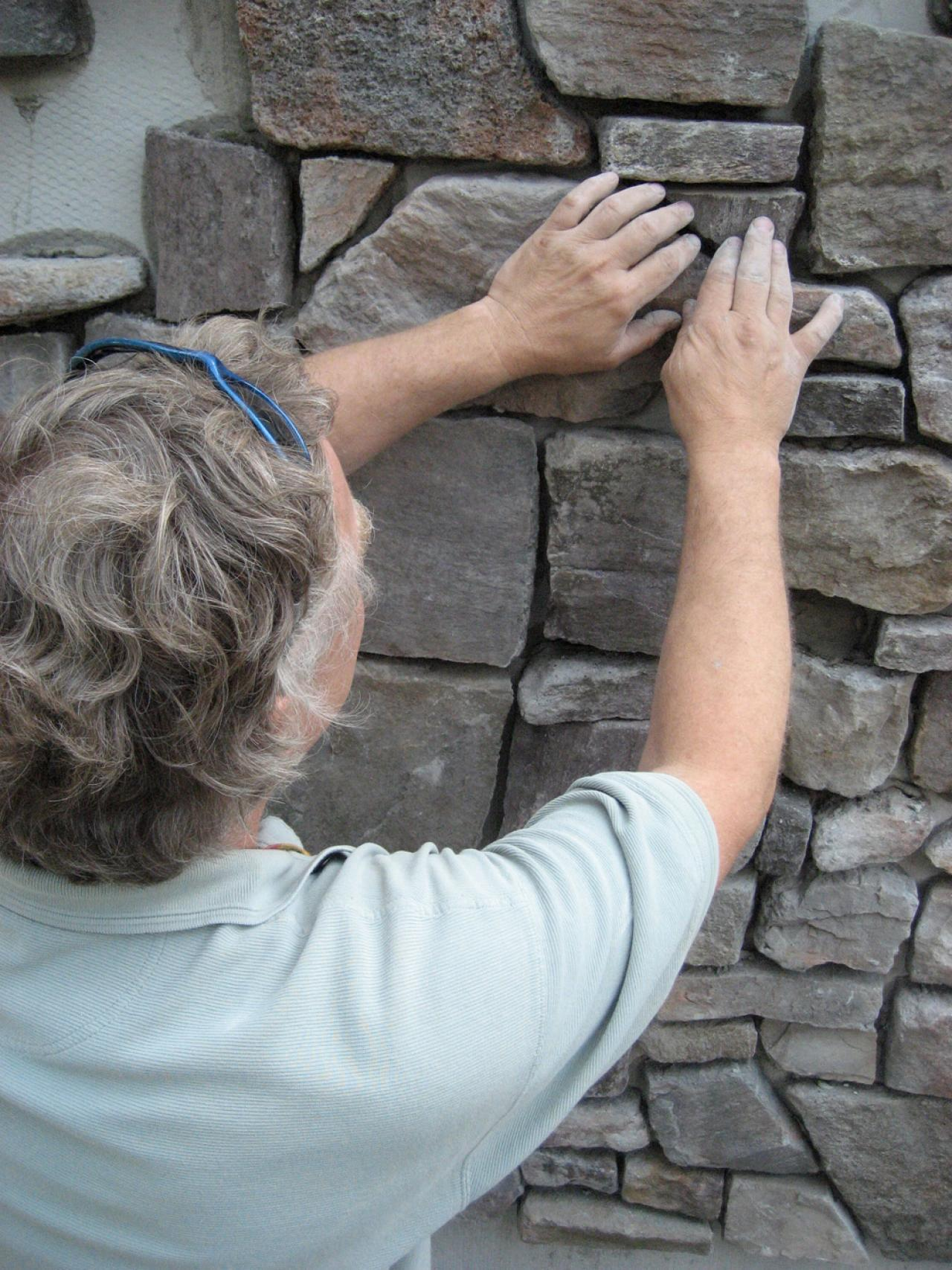 How To Apply Stone Veneer Siding How Tos Diy