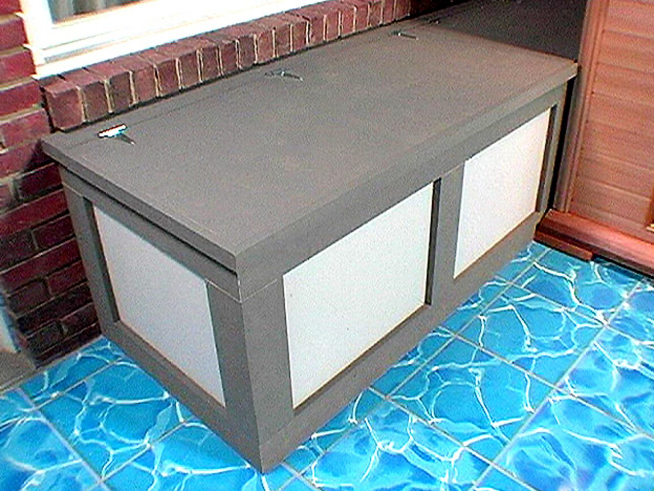 How To Build A Storage Bench How Tos Diy