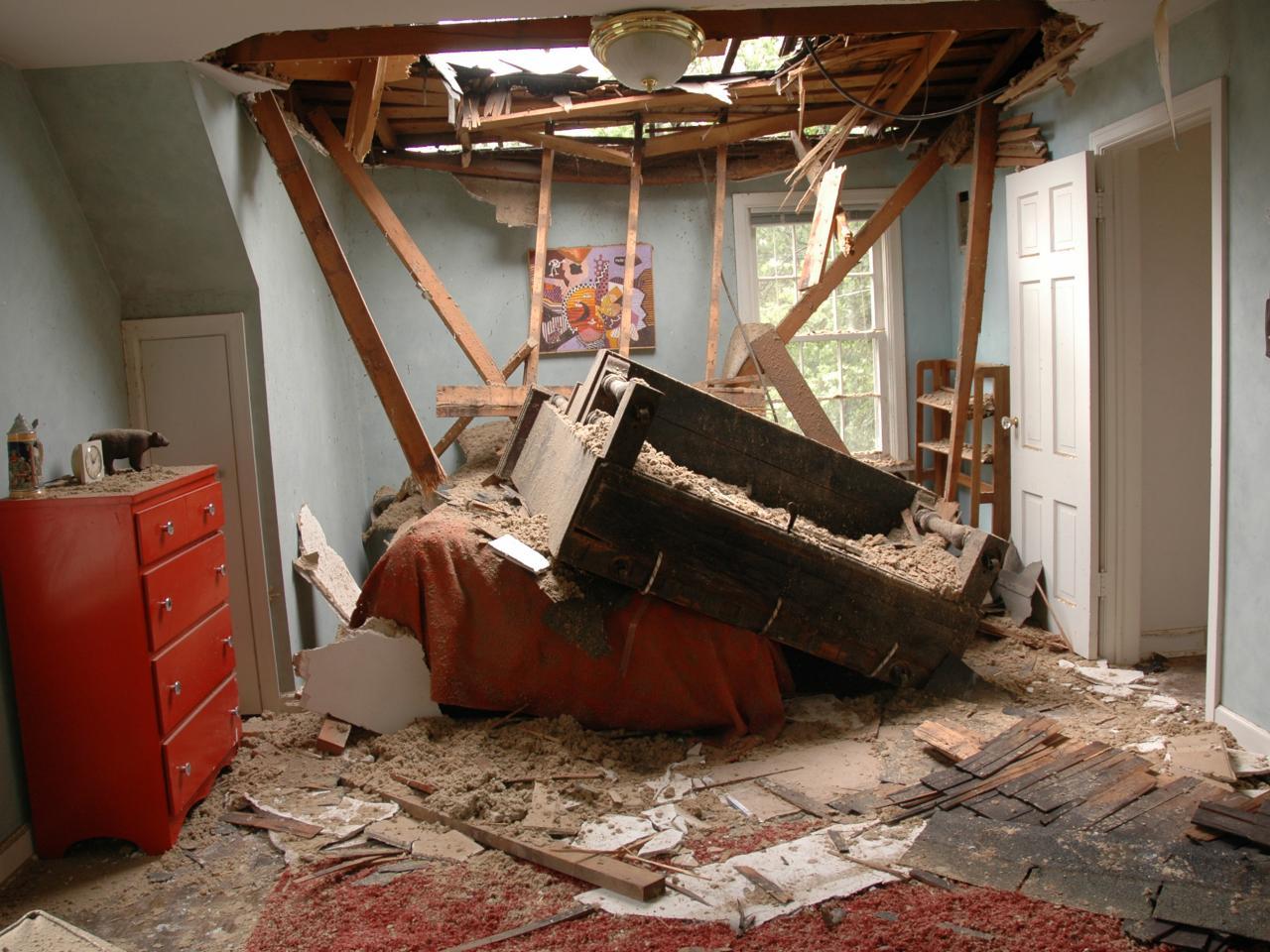 Car interior roof repair - Ddhs101_piano Crashes Through Roof_s4x3