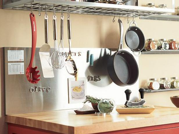 KB-1810092_15K_2potterybarnsteelkitchen_V