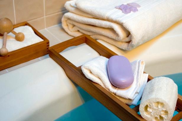 KB-2462358_bath_vertical_spa_treatment_bathroom5