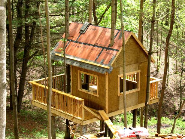 Blog Cabin Treehouse Rope Bridge