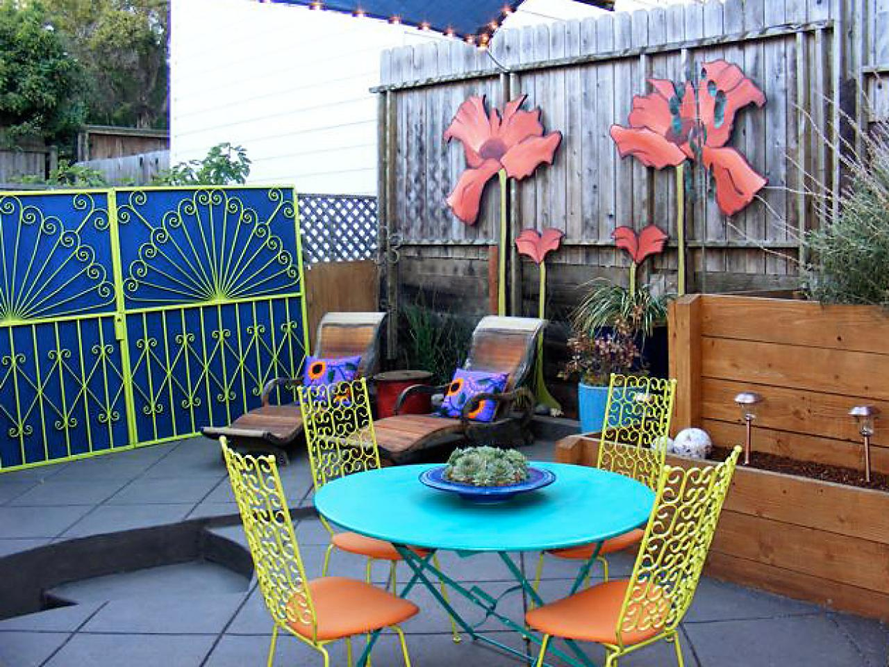 Transforming patios with paint and colorful accents diy for Outdoor patio accessories