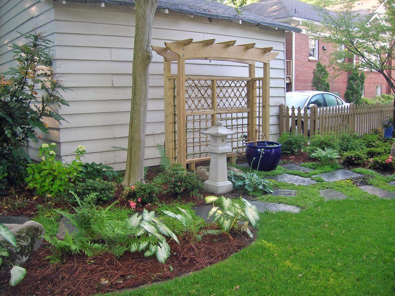 Landscape Solutions for Awkward Spaces DIY