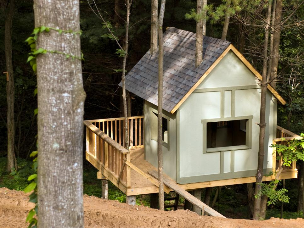 Treehouse Masters Irish Cottage the treehouse guys | diy