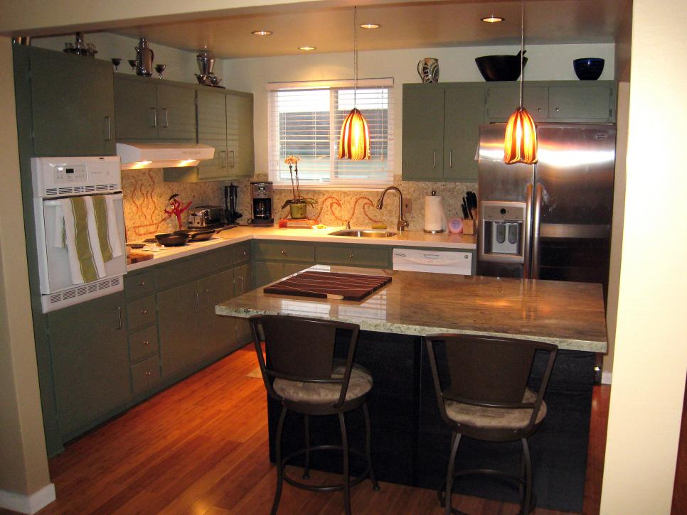 Kitchens on a budget our 10 favorites from rate my space for Kitchen cabinets on a budget