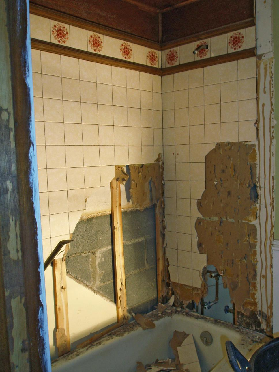 Budget friendly bathroom makeovers from rate my space diy Remodeling your bathroom on a budget