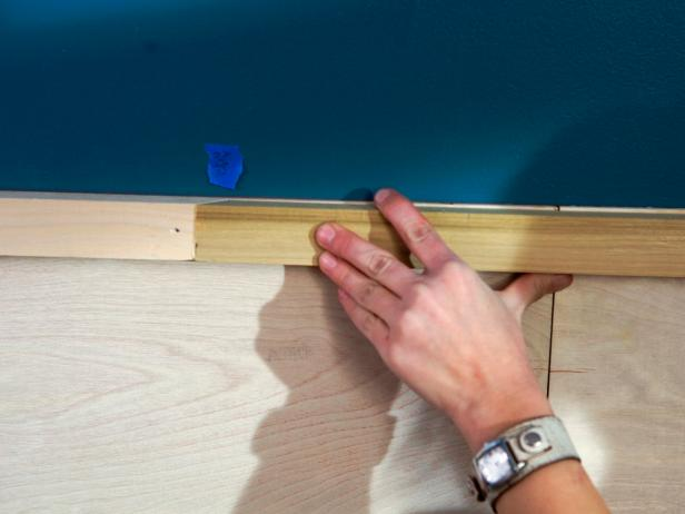 Ultimate-How-To_Wainscoting-joint-seam_s4x3