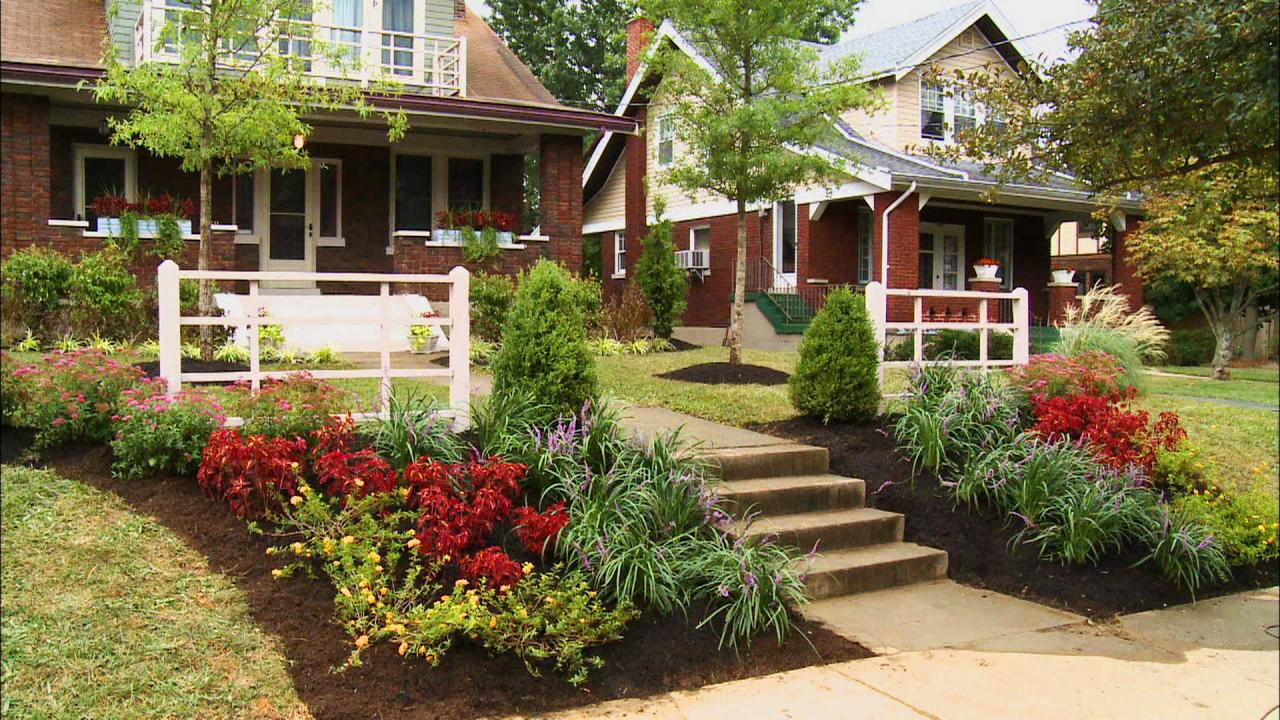 Front yard landscaping ideas diy landscaping landscape for Front yard garden