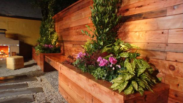 DYCR301H_BYL-1-Flower-boxes_s4x3