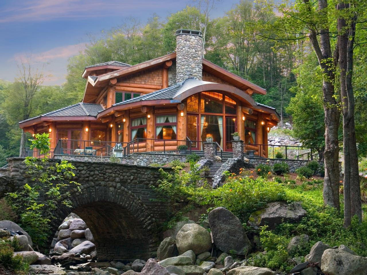 10 Luxe Log Cabins To Indulge In On National Cabin Day