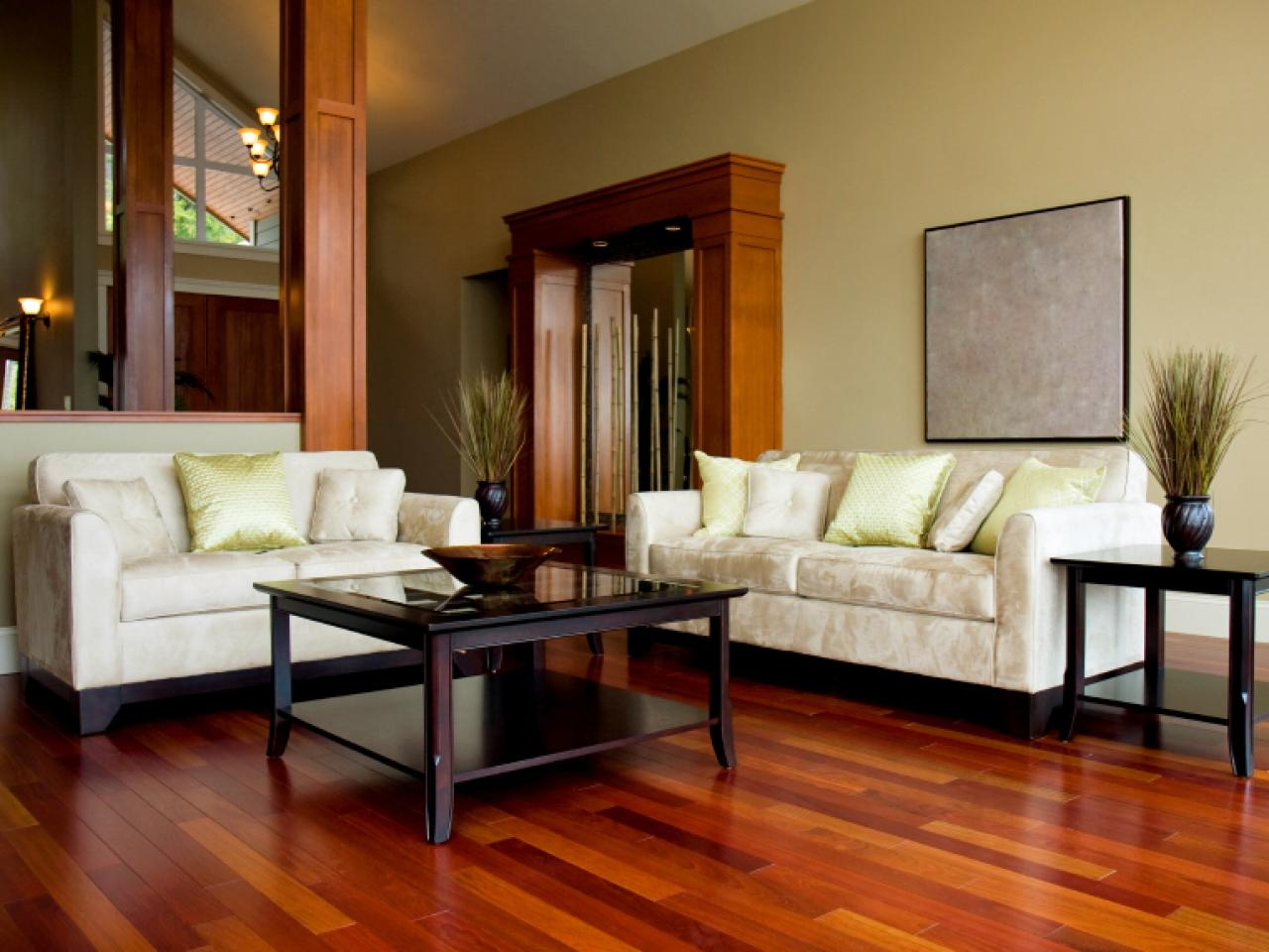 Guide to selecting flooring diy for Living room with wood floors