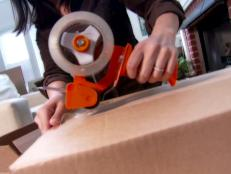 0138146_Taping-moving-box_s4x3