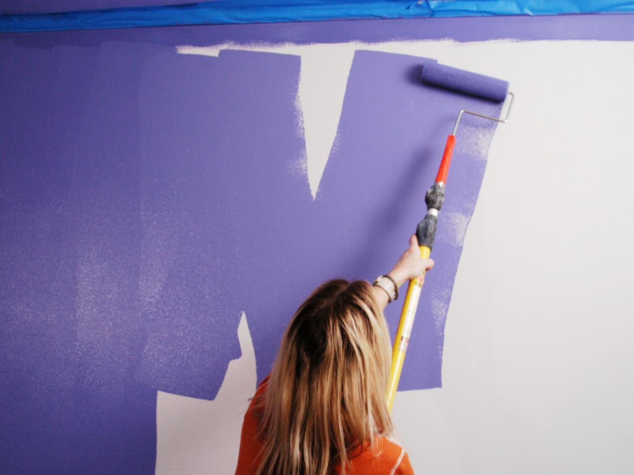 How to paint a room how tos diy Best paint to use on walls