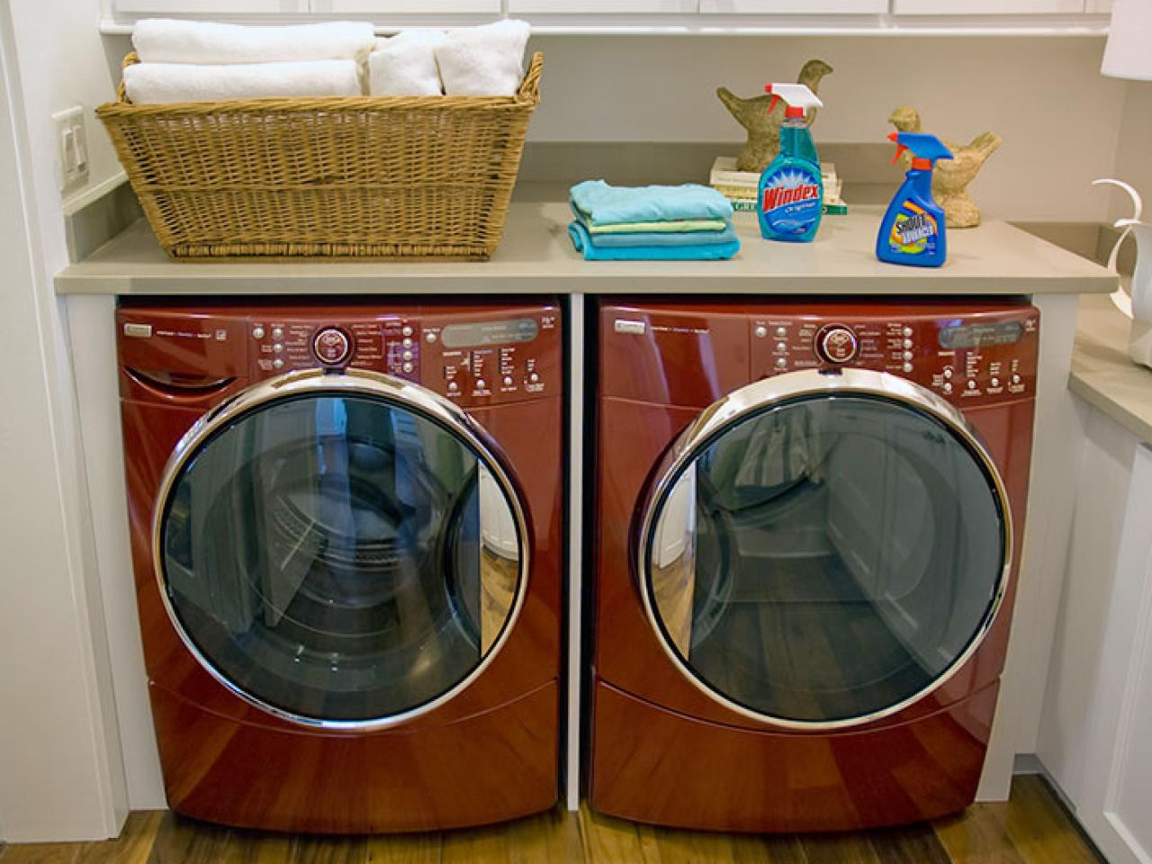 laundry room storage ideas - Laundry Folding Table