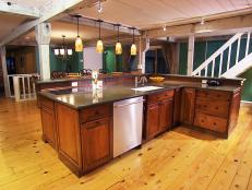 DKIM209_kitchen-after-bar_s4x3