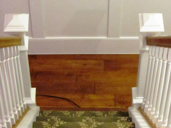 DMON111_Stairs-Newell-Post-Wainscoting_s3x4