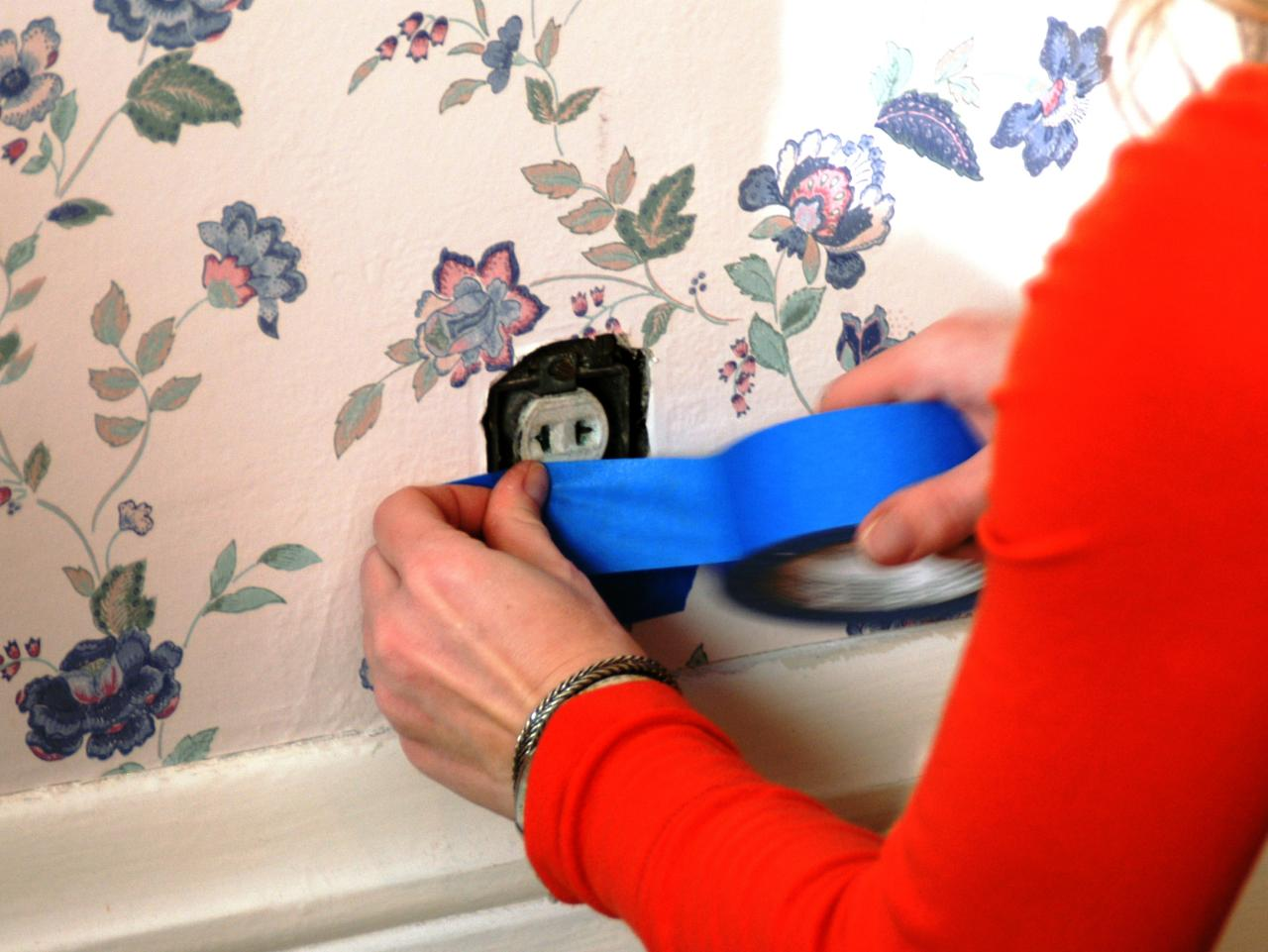 How to remove wallpaper paste from sheetrock - Step 1