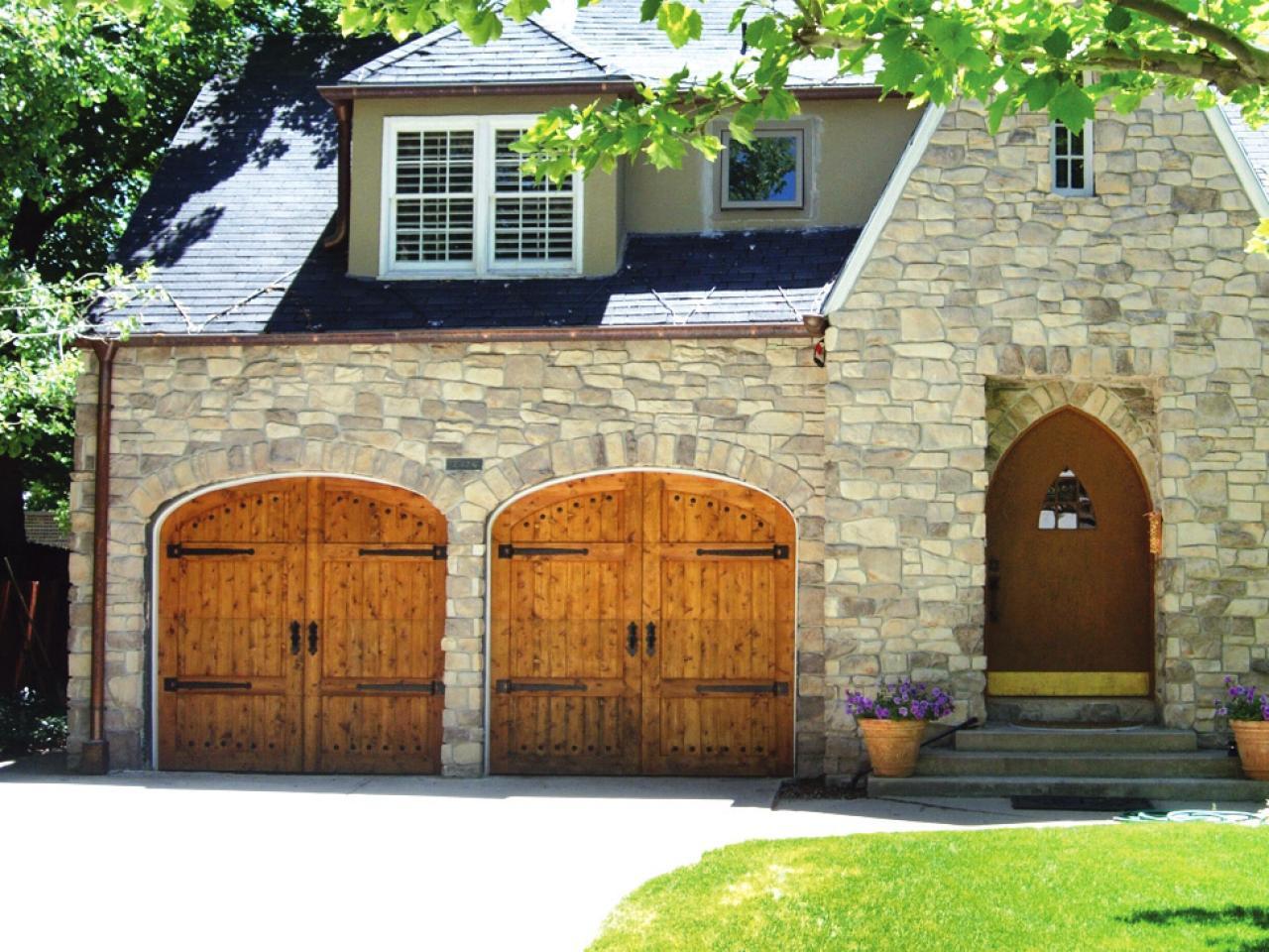 Garage door buying guide diy for 30 foot wide garage door