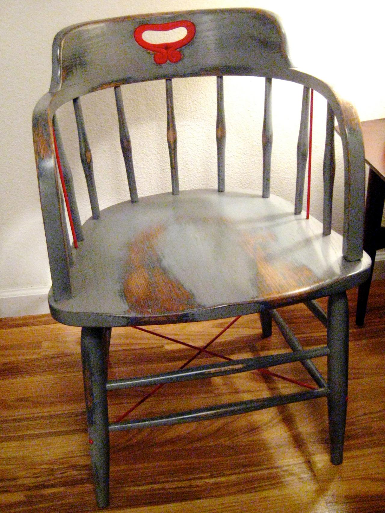 Chair Before Refinishing. How to Paint Wood Furniture With an Aged Look   how tos   DIY