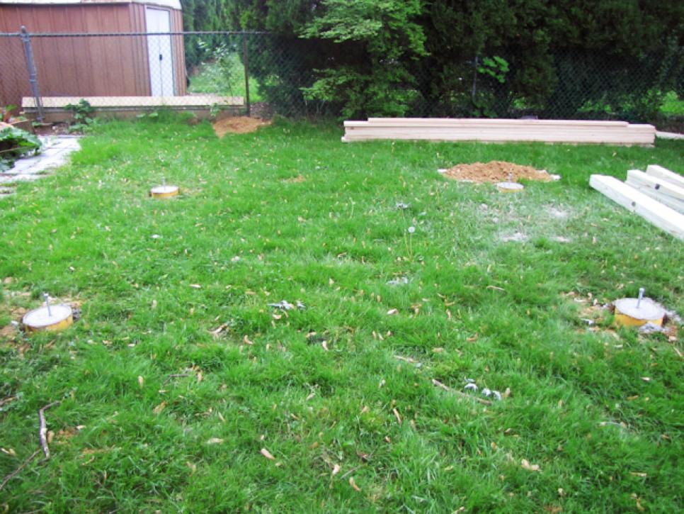 Empty Space In Backyard : BeforeandAfter Makeovers Outdoor Spaces  DIY Landscaping