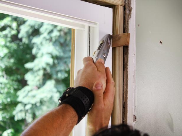 DKIM411_sliding-glass-doors-step-5_s4x3