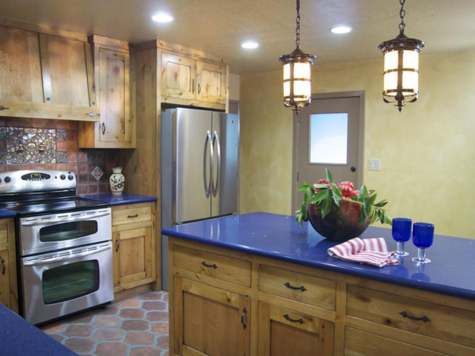 From outdated kitchen to colorful spanish style cocina diy for Kitchen units spain