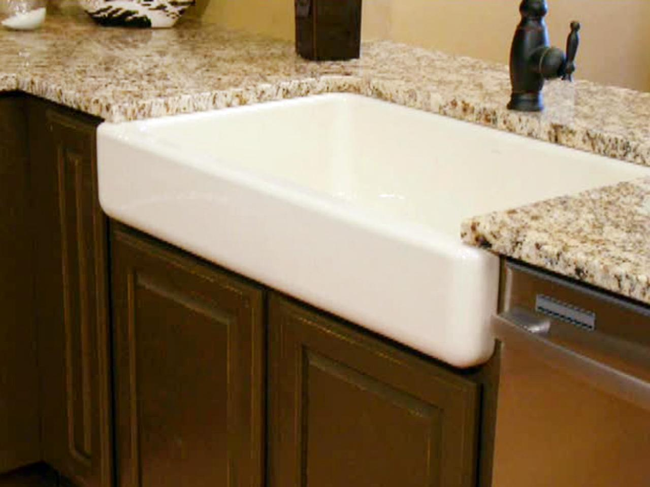 Apron front kitchen sink how tos diy - Kitchen sinks apron front ...
