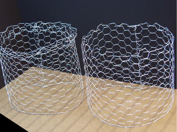 Create a tube using 1-inch cell chicken wire, and cut it in half. Place finished edges down.