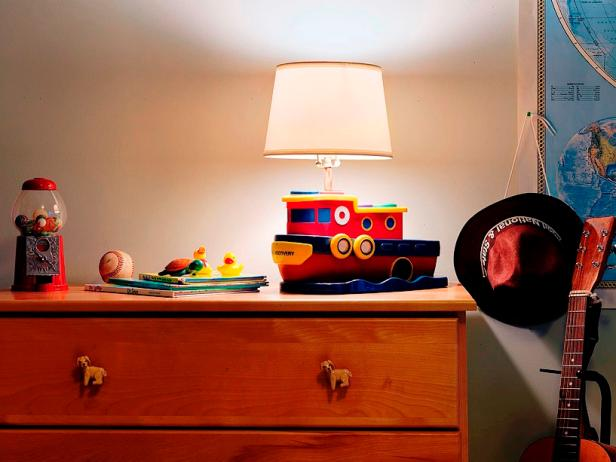 Toy Boat Lamp