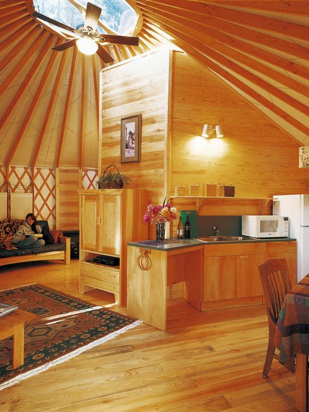 CI_Pacific-Yurt-interior_s3x4