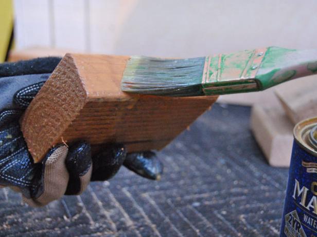 Original_Ski-Sled-seal-wood-6_s4x3