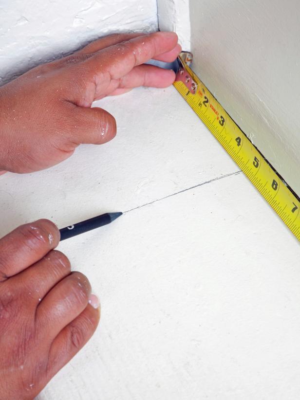Original-Brian-Flynn_painted-staircase-measuring-step2a_s3x4