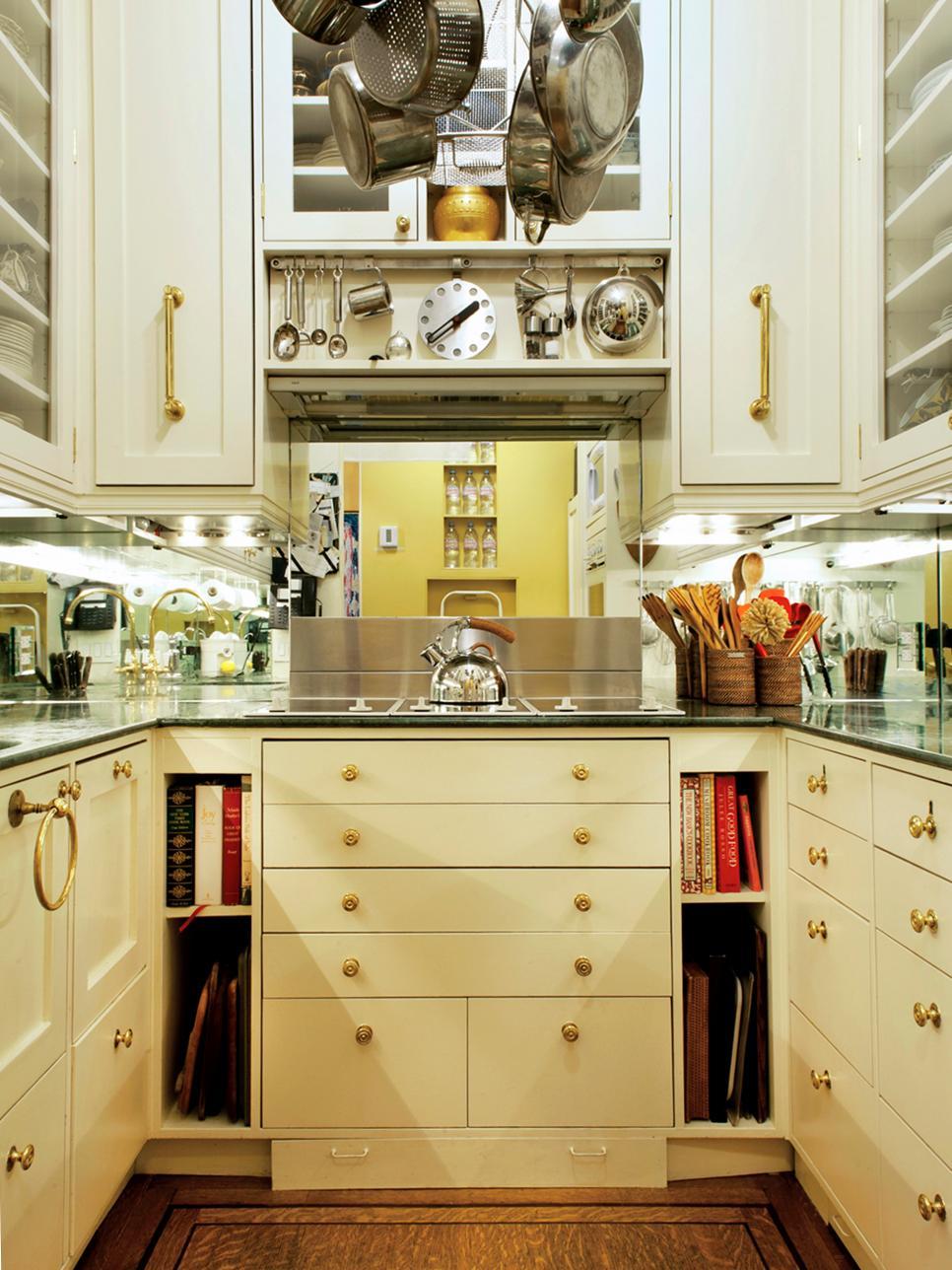 Kitchen Chandeliers, Pendants And Under-Cabinet Lighting
