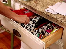 0175659_office-drawer-organization_s4x3