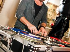 CI-Cory-Ryan-Photography_DJ-turntable_s3x4