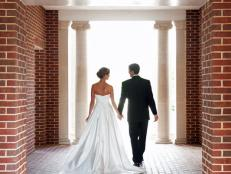 CI-Megan_Marascalco_bride-groom-brick-entry