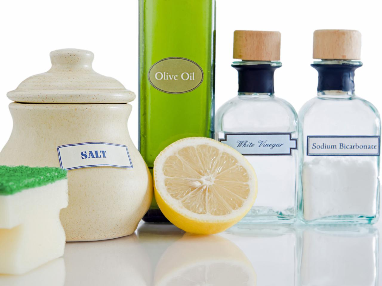 how to make natural cleansers from pantry items diy